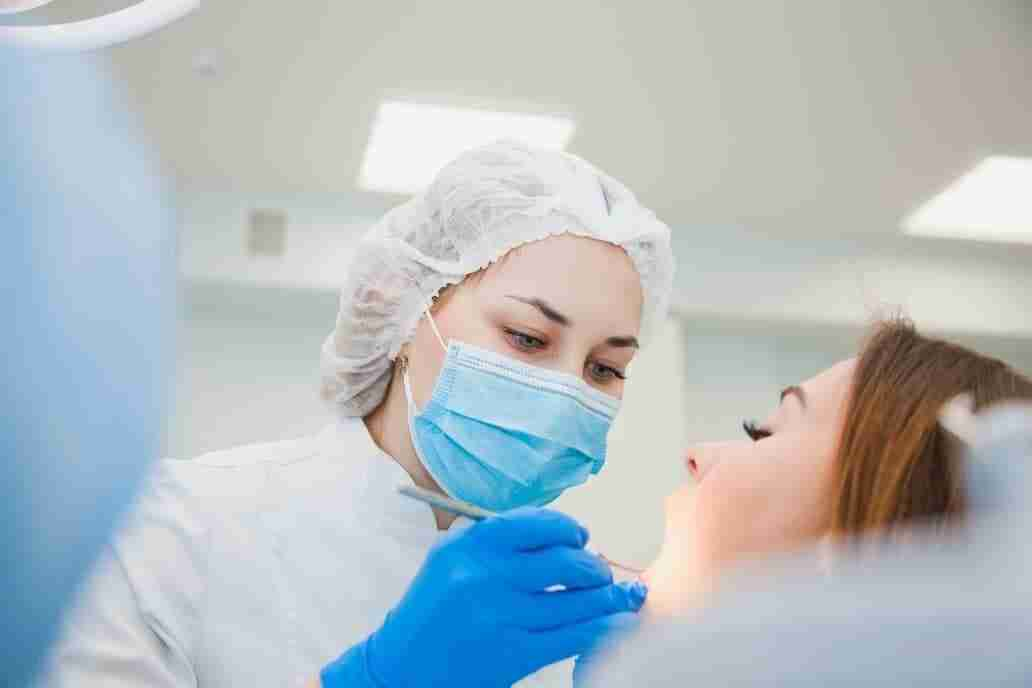 Should wisdom teeth be removed before braces?